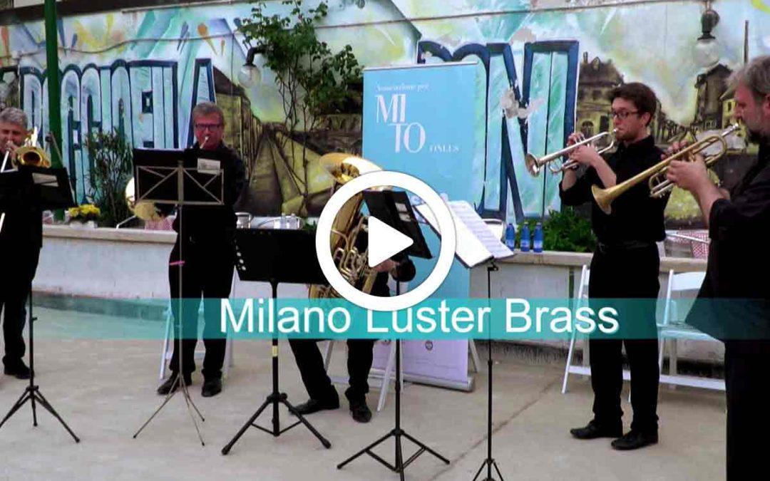 Video: Ottoni di ringhiera: Milano Luster Brass in concerto