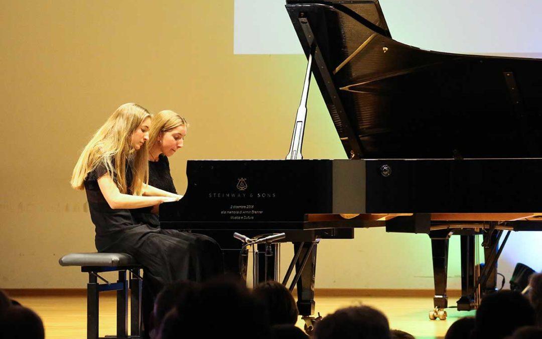 Un pianoforte per quattro