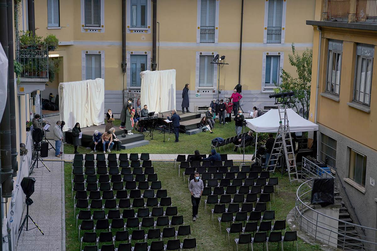 ClassicAperta: Houdini the great - prova aperta  Società Umanitaria - via solari 40 Street Opera Musica di Andy Pape - Libretto di Rerik Clausen