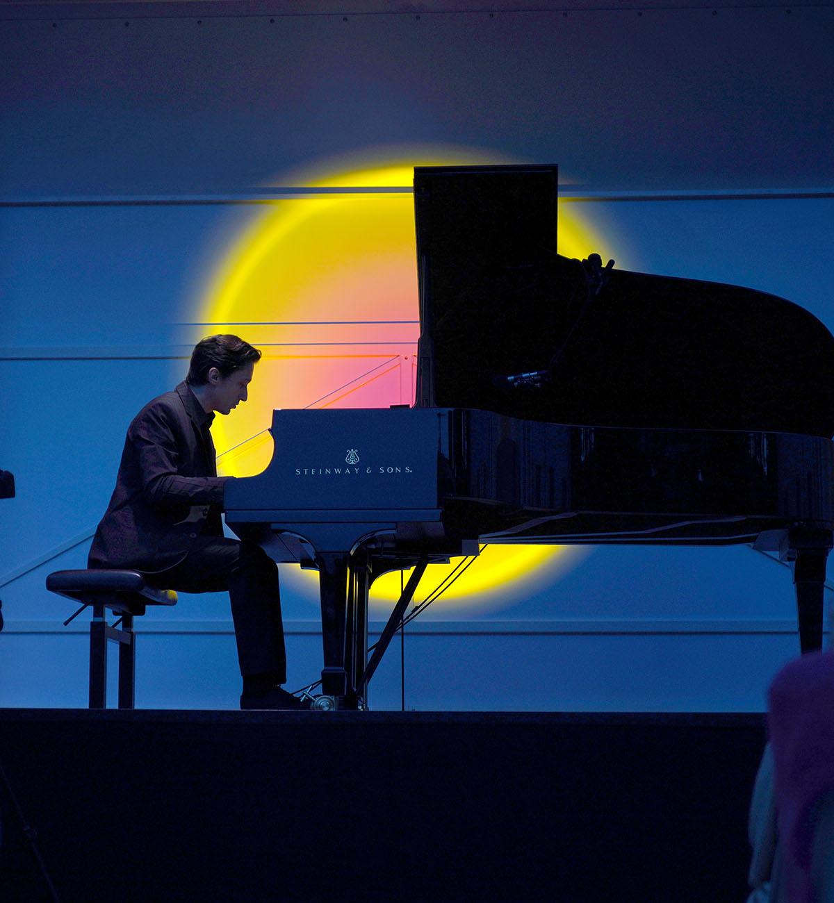 ClassicAperta: Alexander Romanovski - Piano B