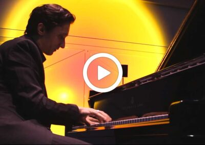 Video: Piano B